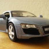 Miniature Audi R8 3/4 View