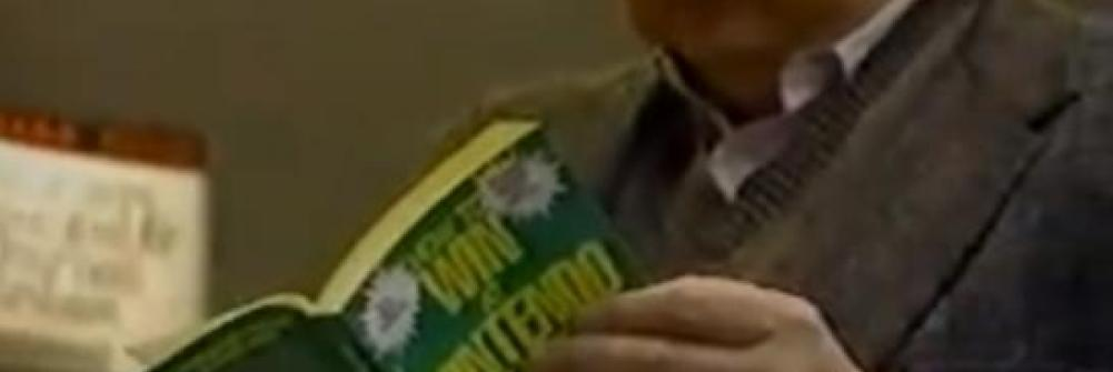 "Roger Ebert reading ""How to Win at Nintendo Games"""